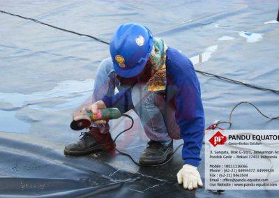 pemasangan-geomembrane-di-anyer-06