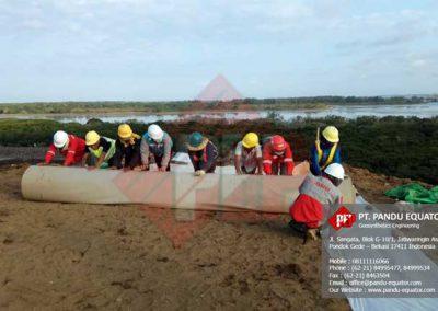 pemasangan-geosynthetics-clay-liners-bali-5