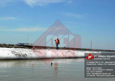 pemasangan-geotextile tube-sidoarjo-4