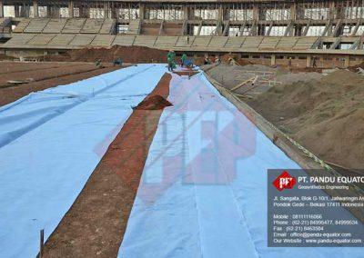 pemasangan-non-woven-geotextile-stadion-gede-bage-bandung-6