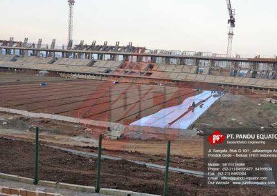 pemasangan-non-woven-geotextile-stadion-gede-bage-bandung-8