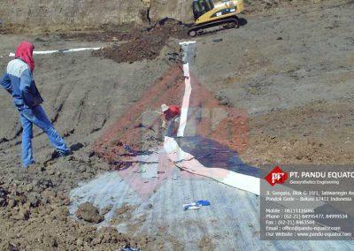 pemasangan-geosynthetics-clay-liner-gcl-jawa-tengah-1