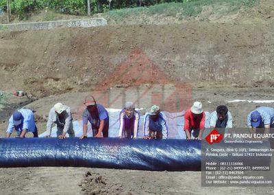 pemasangan-geosynthetics-clay-liner-gcl-jawa-tengah-4