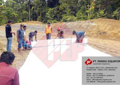 pemasangan-non-woven-geotextile-di-papua-5