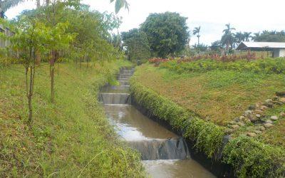 Dokumentasi Pemasangan Geomembrane HDPE Pada Proyek Artificial Waterway PT Japfa Comfeed di Jawa Barat
