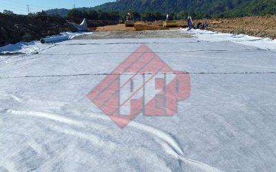 Dokumentasi Instalasi Geocomposite Pada Proyek Pembangunan Rel Kereta Api