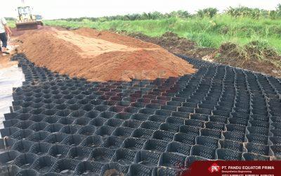 Dokumentasi Pemasangan Geotextile Woven dan Geocel Pada Proyek Pembangunan Akses Jalan Poros Best Agro BP